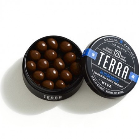 Terra Blueberry Bites Coated in Milk & White Chocolate